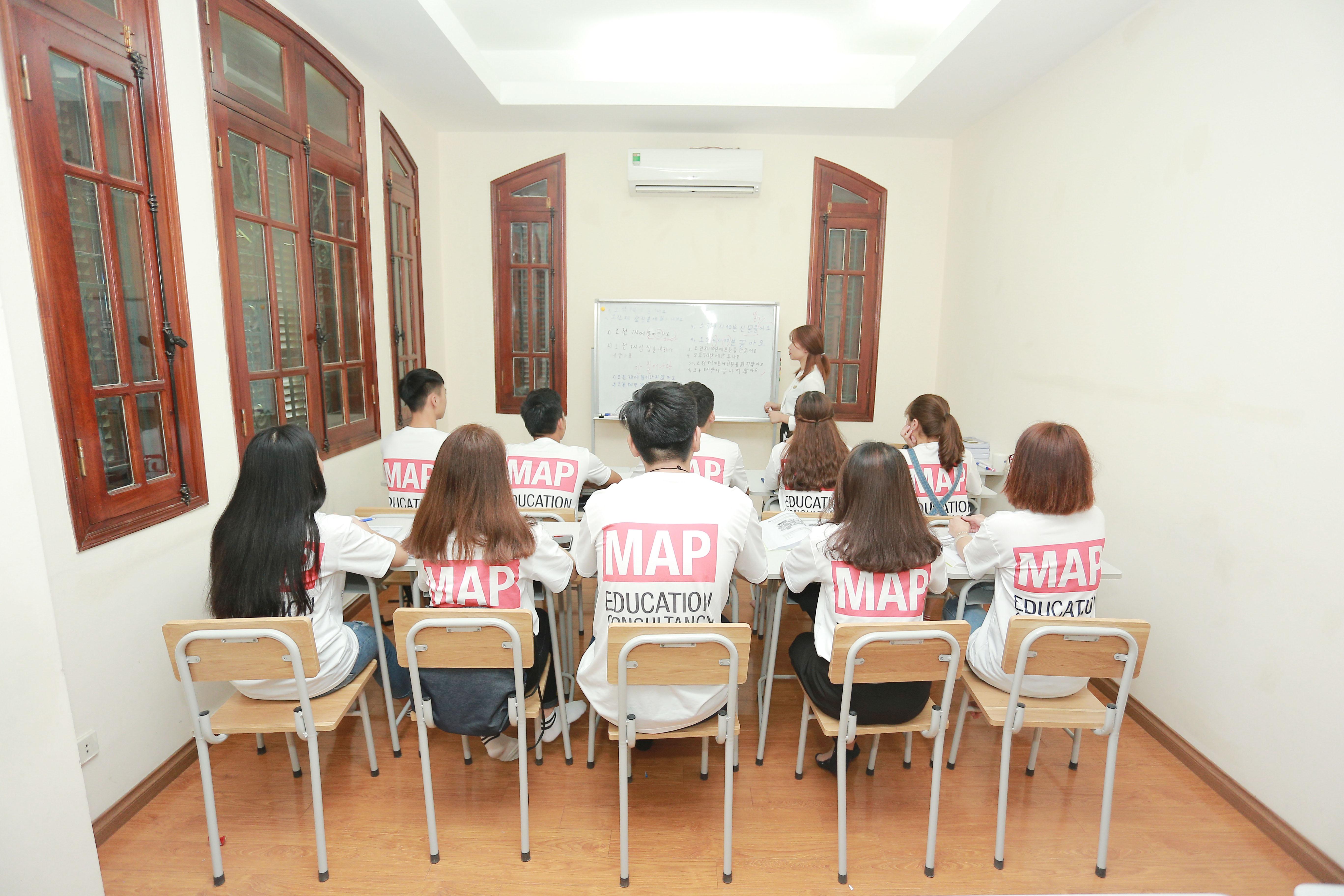 Lớp học tiếng Hàn