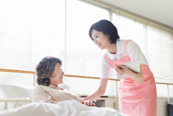 Có một điều không phải ai cũng biết rõ đó là dịch vụ y tế ở Nhật rất đắt đỏ