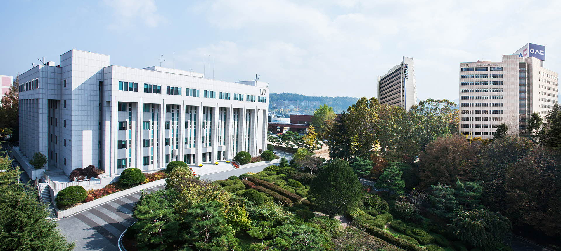 Sol International School là trường Hàn Quốc duy nhất giảng dạy hai nhóm ngành hot là Truyền thông và Du lịch với học bổng lên tới 70%