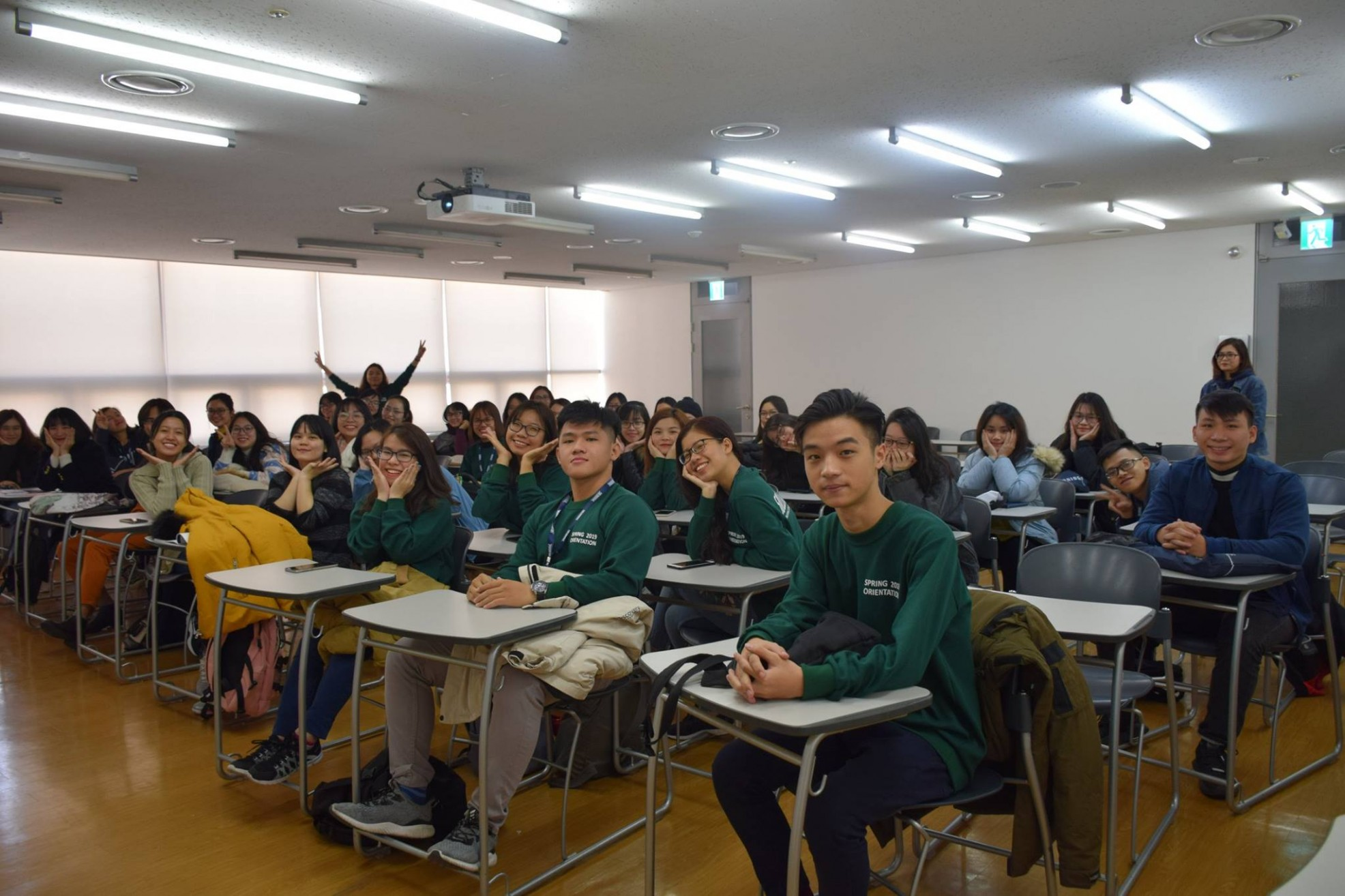 Du học sinh MAP Thư Phan hiện du học hàn quốc bằng tiếng anh tại Solbirdge và nhận học bổng 50%