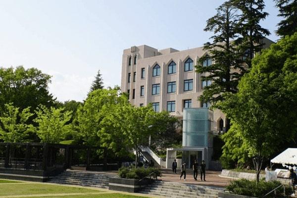 Osaka University từ xưa đến nay luôn duy trì chất lượng đào tạo giáo dục hàng đầu