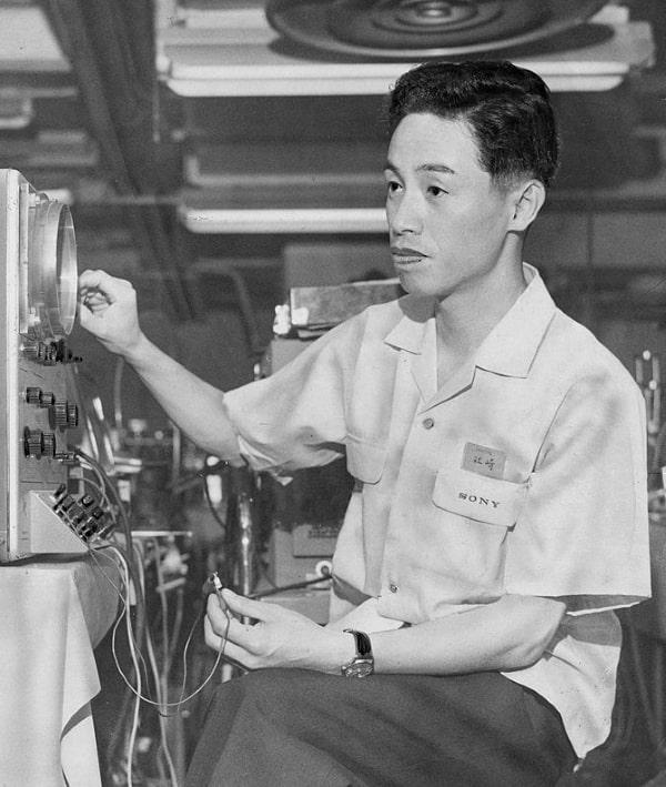 Leo Esaki - Nhà vật lý người Nhật Bản giành giải Nobel Vật lý 1973