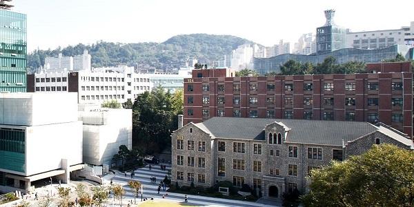 Một góc khuôn viên Đại học ChungAng
