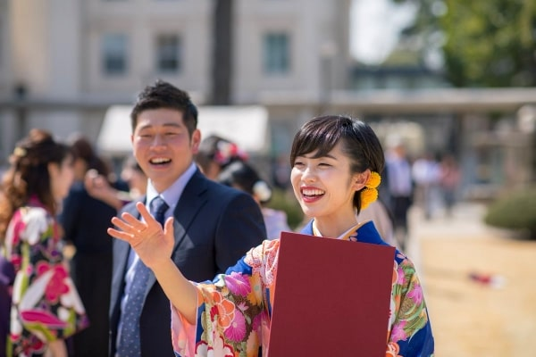 Thực tế, theo điều kiện du học Nhật Bản, giới hạn độ tuổi ít nhất được hiểu là từ 18 tuổi trở lên