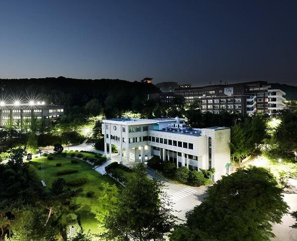 Trường đại học Kangnam Hàn Quốc lung linh khi đêm về