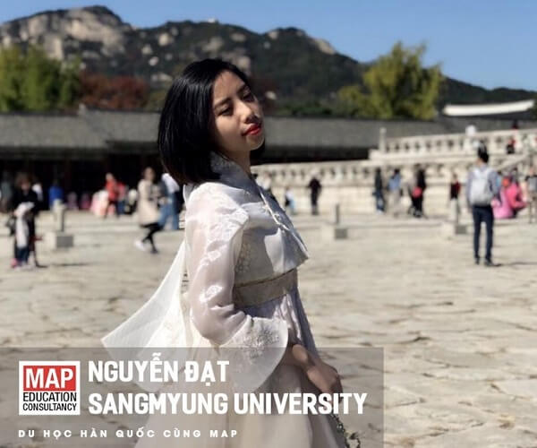 Đạt Nguyễn thùy mị trong bộ Hanbok tinh khôi
