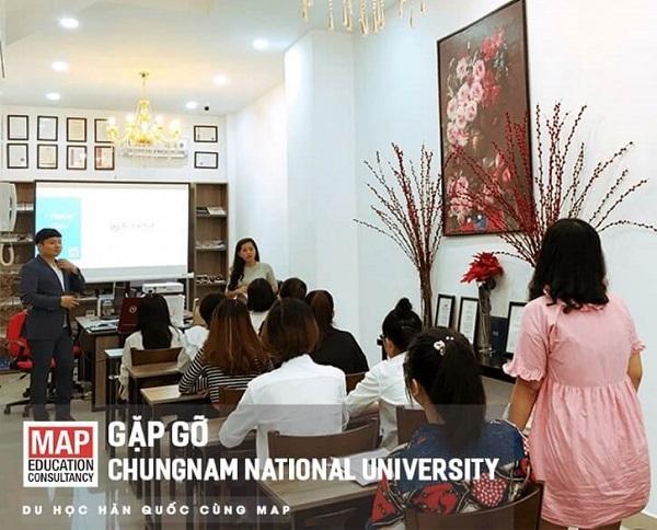 Chungnam National University tổ chức các buổi gặp gỡ thường niên tư vấn cho sinh viên tại MAP