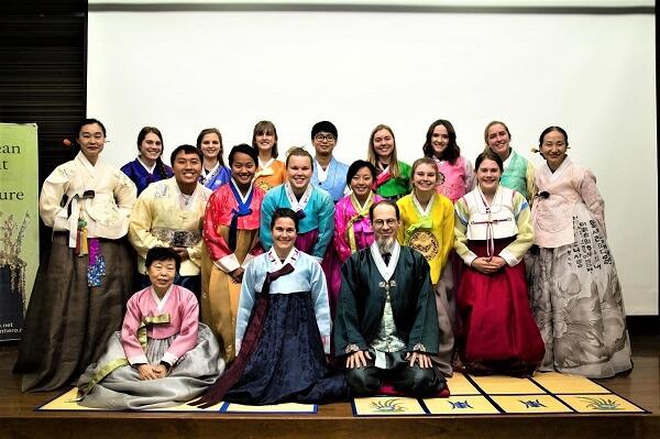 Lớp học văn hóa Hàn Quốc