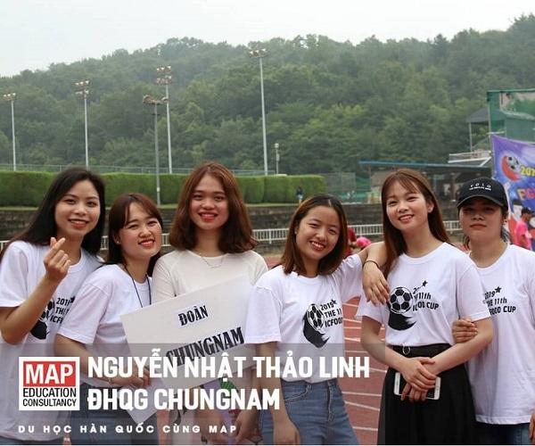 Nguyễn Nhật Thảo Linh và các du học sinh Việt Nam tại Chungnam National University