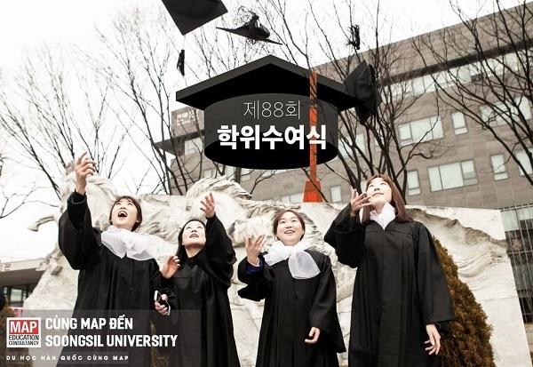 Sinh viên Soongsil rạng rỡ ngày tốt nghiệp