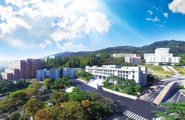 Toàn cảnh Kyungnam University