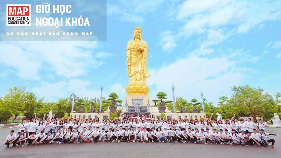 Sinh viên MAP cùng nhau học tập và tham gia các hoạt động ngoại khóa tại Việt Nam để tạo sự gắn kết