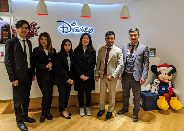 6 sinh viên xuất sắc được tham gia Disney College Program