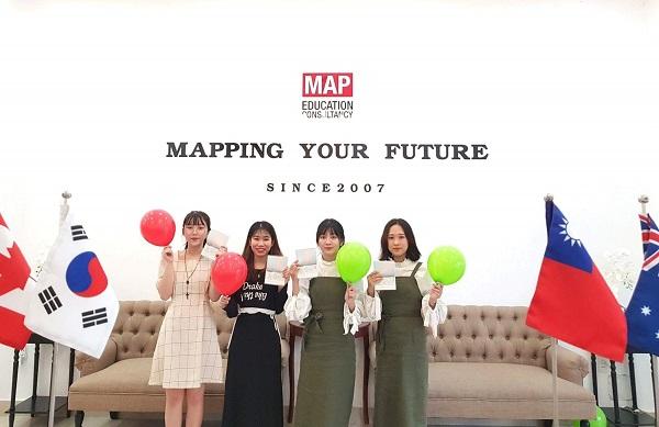 Các bạn sinh viên MAP tại Thành phố Hồ Chí Minh nhận visa đi du học Hàn Quốc