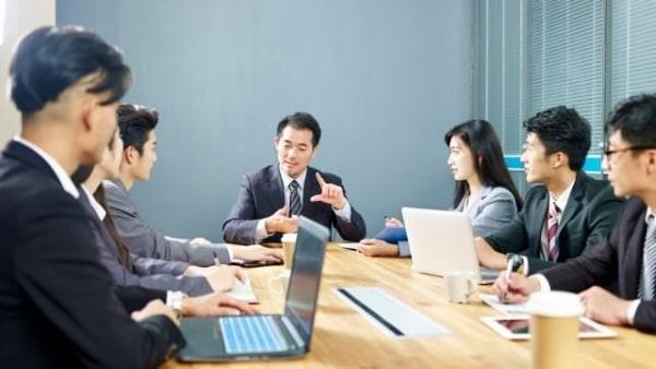 Du học sinh sẽ có thể đi làm ngay khi đã có kiến thức chuyên môn và kinh nghiệm thực tế