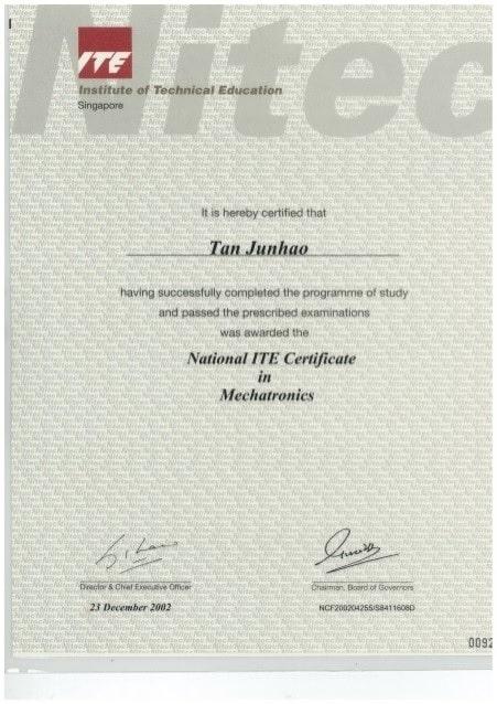 Sau khi hoàn thành năm 2 trường nghề công lập sinh viên sẽ được cấp bằng Nitech