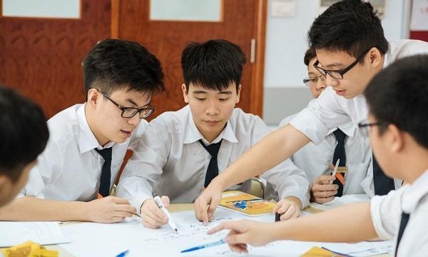 Thành tích học tập tốt chính là lợi thế giúp khả năng đạt visa cao hơn