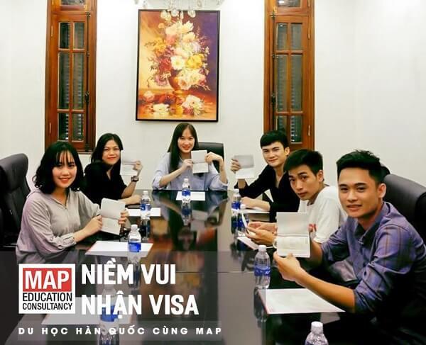 Các bạn du học sinh MAP vừa nhận kết quả đỗ visa du học tại Đại Sứ Quán Hàn Quốc