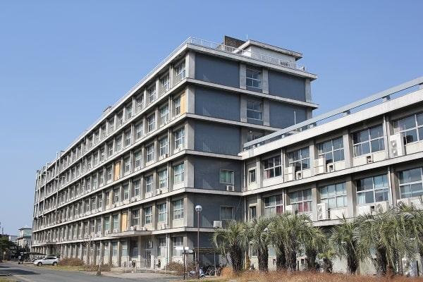 Cơ sở Hakozaki tại trường đại học Kyushu Nhật Bản là nơi nhà vật lý thiên tài Albert Einstein đã từng đến tham quan