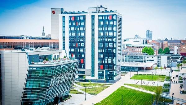 Đại học De Montfort là đối tác của học viện EASBĐại học De Montfort là đối tác của học viện EASB