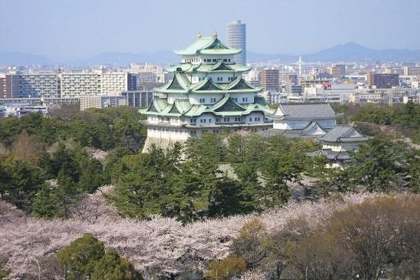 Du học ở Nagoya Nhật Bản, sinh viên sẽ có cơ hội tham quan lâu đài Nagoya cổ kính