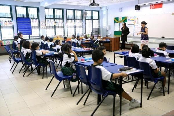 Học sinh từ 6 - 11 tuổi sẽ học chương trình tiểu học khi du học Singapore