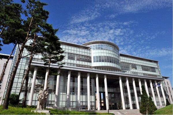 Học xá chính của Học viện Khoa học và Công nghệ Dongwon