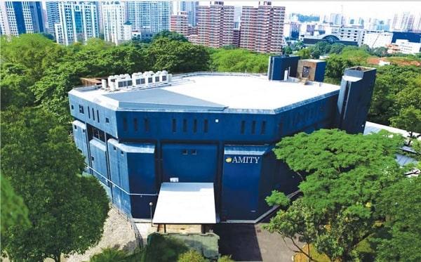 Khuôn viên trường Amity
