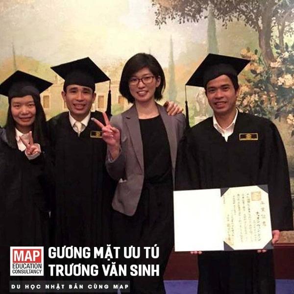 Trương Văn Sinh - Sinh viên MAP trong ngày tốt nghiệp tại trường Nhật ngữ