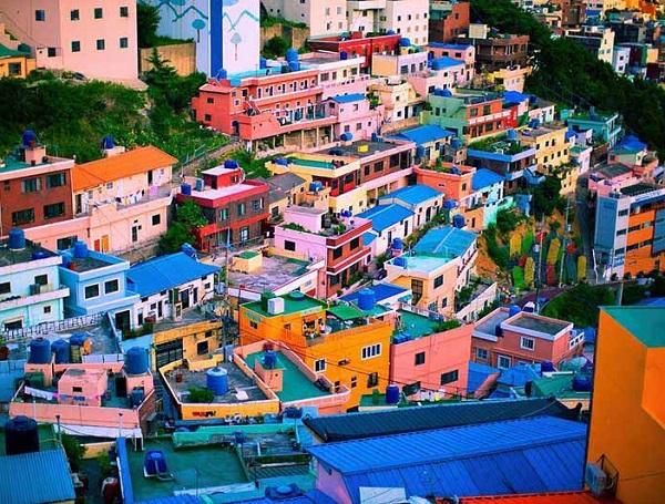 Làng Gamcheon rực rỡ sắc màu - biểu tượng của Busan