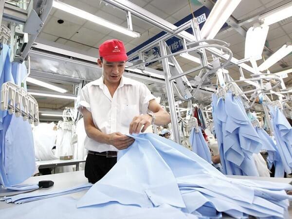 Bên trong một nhà máy dệt may Hàn Quốc tại Đồng Nai