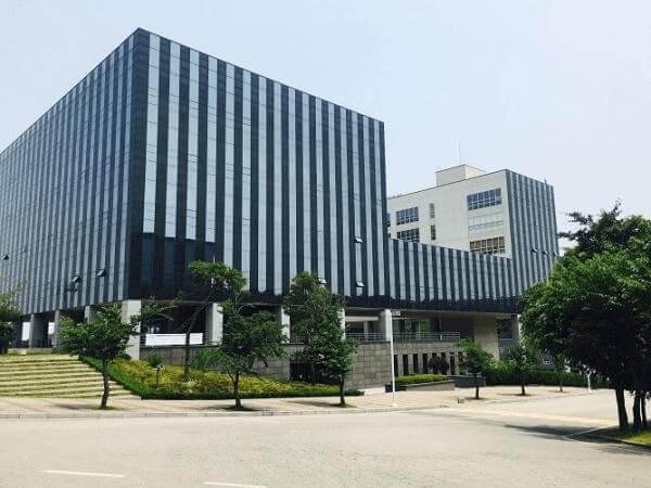 Khuôn viên trường Đại học Chungwoon