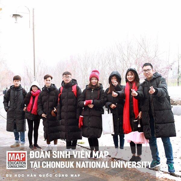 Nhóm sinh viên MAP tại ĐHQG Jeonbuk