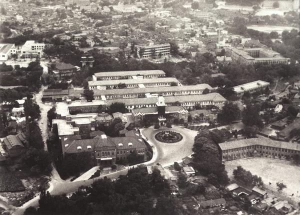 Tiền thân của SNUH là bệnh viện Jejung-won