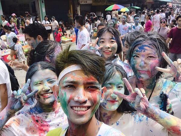Lễ hội Màu tại trường Đại học Youngsan