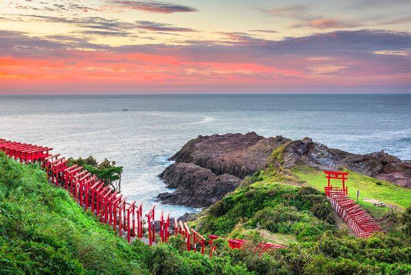 Các cổng Torii tại Motonosumi Inari
