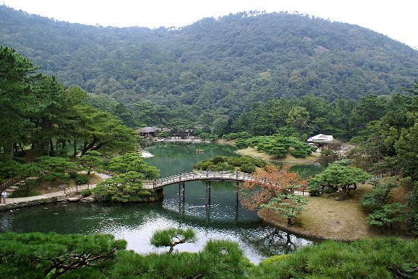 Khu vườn Ritsurin