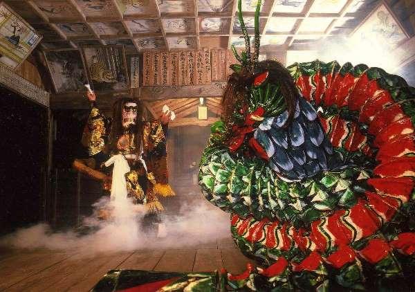 Một phần điệu nhảy Shonai Kagura