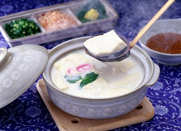 Ureshino Onsen Yudofu - Món ăn nên thử khi du học Nhật Bản ở Saga