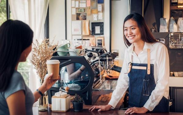 Việc làm thêm sẽ giúp trang trải chi phí du học Singapore tự túc