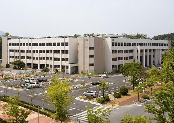 Học xá chính tại trường Cao đẳng Kỹ thuật Chungnam Hàn Quốc