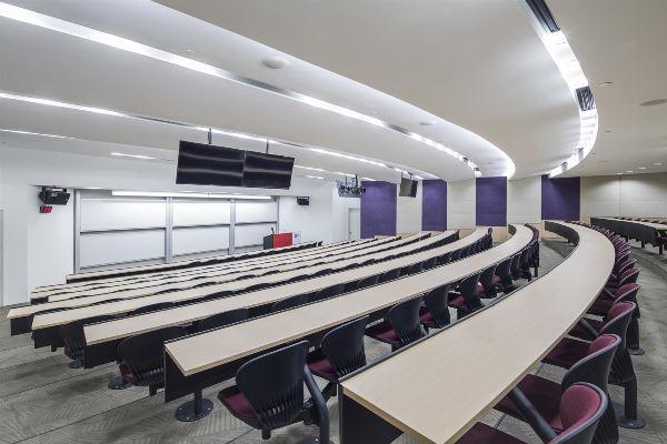Cơ sở vật chất tại một phòng học của trường