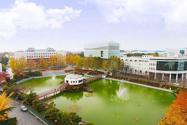 Khuôn viên trường Wonkwang nhìn từ trên cao