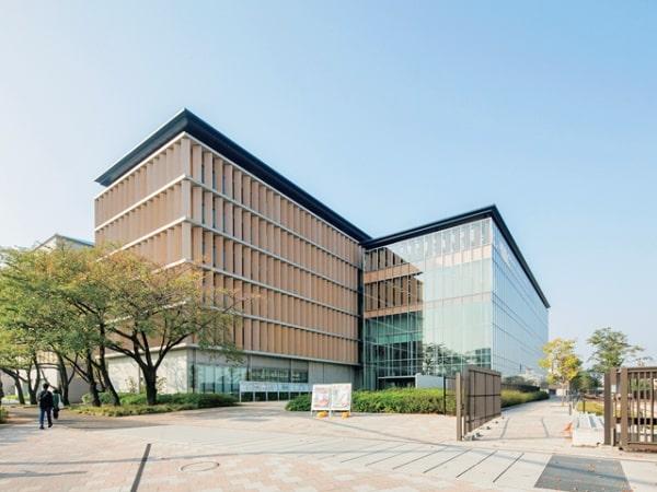Dokkyo University với hơn 138 năm đào tạo