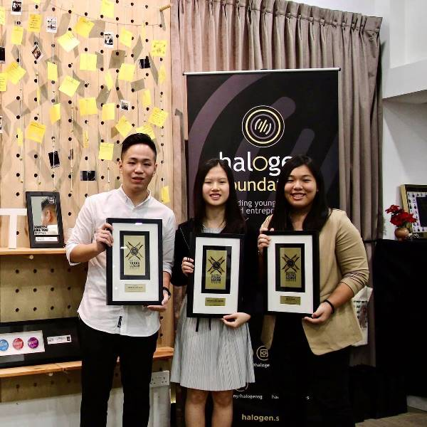 Học viên trường nhận giải thưởng