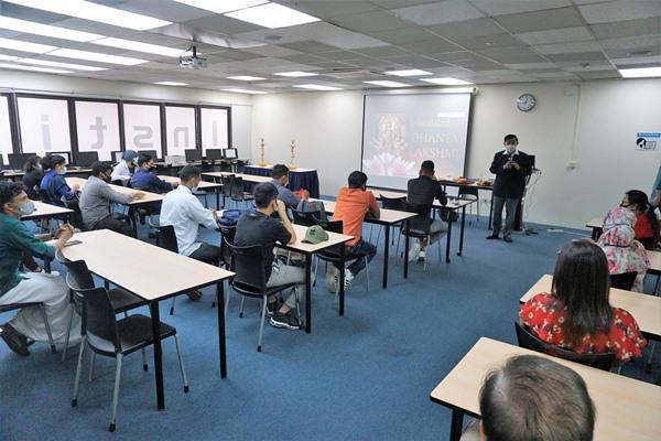 Trường cung cấp đa dạng khóa học nghề