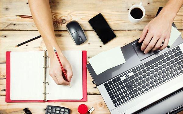Sinh viên có thể lựa chọn làm biên dịch viên