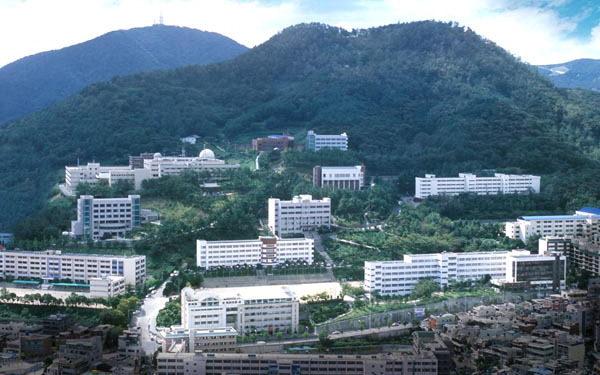 Toàn cảnh Cao đẳng Busan Gyeongsang