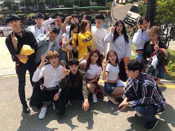 Hoạt động đội nhóm của sinh viên