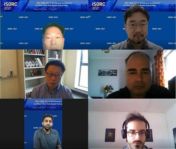 Hội nghị trực tuyến về khoa học máy tính giữa trường và các giáo sư nước ngoà